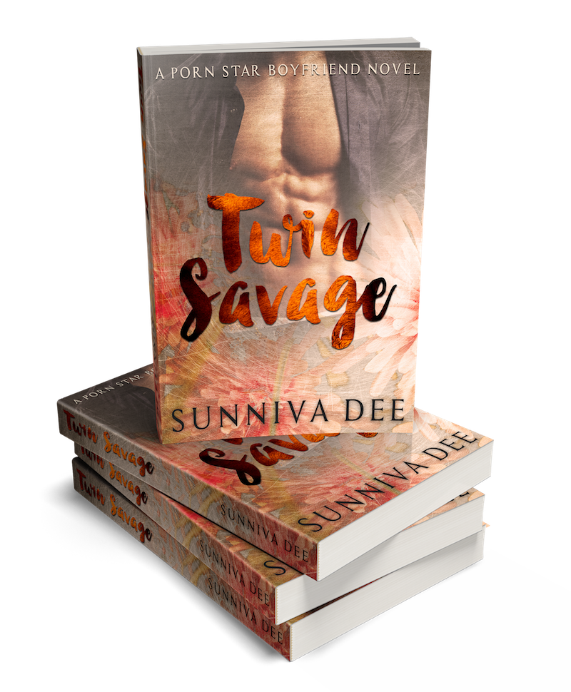 TWIN SAVAGE BOOK STACK[100780]